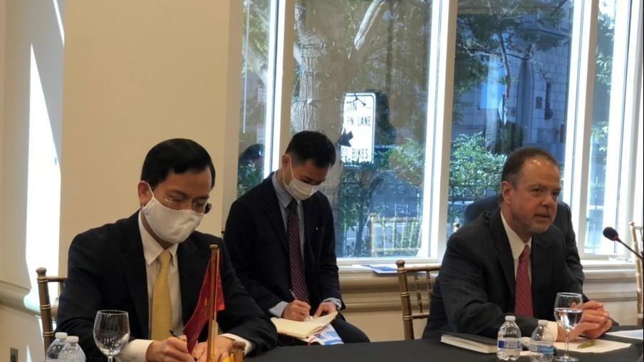 Đại sứ Hà Kim Ngọc đánh giá cao sự hỗ trợ của Pfizer đối với Việt Nam