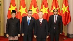 Tổng Bí thư, Chủ tịch nước Nguyễn Phú Trọng tiếp Đại sứ Panama, Singapore, Indonesia đến trình Quốc thư