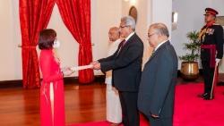 Đại sứ Hồ Thị Thanh Trúc trình Ủy nhiệm thư lên Tổng thống Sri Lanka Gotabaya Rajapaksa