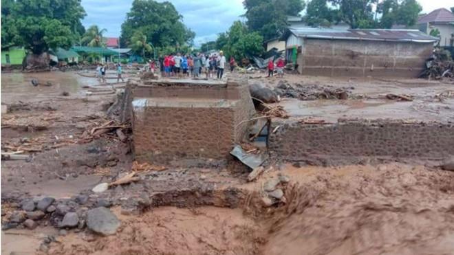 Điện chia buồn về trận lũ lụt và lở đất tại Indonesia và Timor Leste