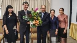 Đại sứ Nguyễn Tất Thành chúc Tết cổ truyền Bun Pi May Đại sứ quán Lào tại Canberra