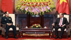 Chủ tịch nước Nguyễn Xuân Phúc tiếp Bộ trưởng Quốc phòng Trung Quốc Ngụy Phượng Hòa