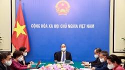 Chủ tịch nước Nguyễn Xuân Phúc điện đàm với Tổng thống Cộng hòa Pháp Emmanuel Macron