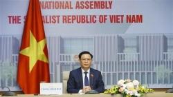Chủ tịch Quốc hội Vương Đình Huệ hội đàm trực tuyến với Chủ tịch Nhân đại Trung Quốc Lật Chiến Thư