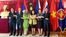 Đại sứ quán Việt Nam tại Thụy Điển tổ chức Lễ thượng cờ ASEAN