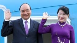 Chủ tịch nước Nguyễn Xuân Phúc và Phu nhân lên đường thăm hữu nghị chính thức CHDCND Lào