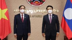 Bộ trưởng Ngoại giao Bùi Thanh Sơn gặp làm việc với Bộ trưởng Ngoại giao Lào