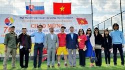 Cộng đồng người Việt Nam tại Slovakia tổ chức giải bóng đá nhân dịp Quốc khánh 2/9