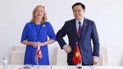 Việt Nam ủng hộ Anh tăng cường quan hệ kinh tế thương mại với khu vực
