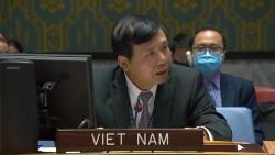 Hội đồng Bảo an thông qua Nghị quyết về các tiến trình chuyển tiếp và thảo luận về tình hình Afghanistan