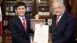 Đại sứ Nguyễn Hoành Năm trình Thư ủy nhiệm lên Tổng thống Mexico