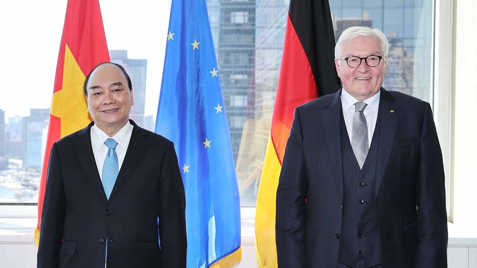 Chủ tịch nước Nguyễn Xuân Phúc gặp Tổng thống Đức Frank-Walter Steinmeier
