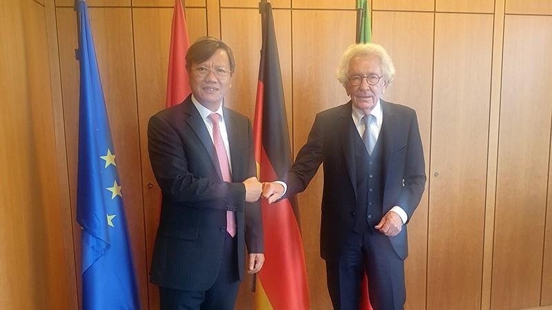 Tăng cường hợp tác giữa bang North Rhine-Westphalia, Đức và các địa phương Việt Nam