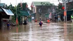 Tổng thống Kazakhstan và Palestine gửi thư/điện thăm hỏi tình hình lũ lụt ở miền Trung Việt Nam