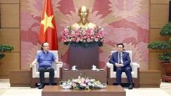 Chủ tịch Quốc hội Vương Đình Huệ tiếp Giám đốc Công nghệ Công ty NG Biotech
