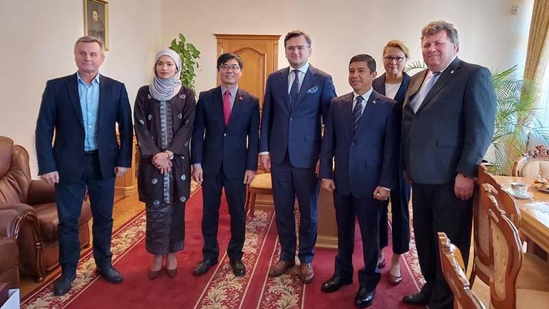 Khai trương Trung tâm Nghiên cứu các nước ASEAN tại Ukraine