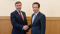 Đại sứ Đặng Minh Khôi gặp làm việc với Bộ trưởng Khoa học và Giáo dục Đại học LB Nga