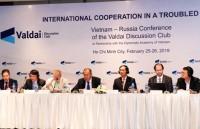 Việt Nam - Nga thảo luận về hợp tác quốc tế trong một thế giới biến động