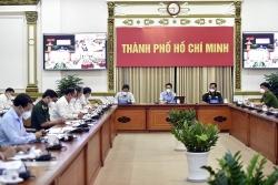 Covid-19 ở Việt Nam sáng 26/8: Bình Dương kỷ lục 12.000 ca xuất viện, Hà Nội cần xét nghiệm có trọng tâm; TP. Hồ Chí Minh F0 tăng do xét nghiệm rộng