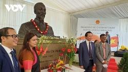 Trang trọng tổ chức lễ đặt tượng Chủ tịch Hồ Chí Minh tại New Delhi