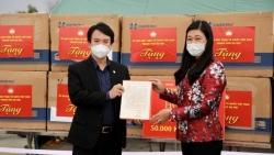 Hà Nội hỗ trợ 2 tỷ đồng, tặng 50.000 khẩu trang y tế giúp Hải Dương chống dịch