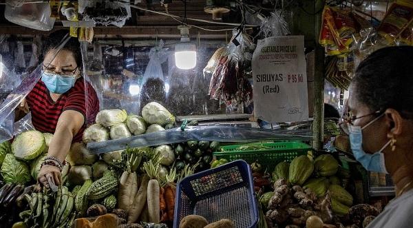World Bank: Covid-19 đang 'khoét sâu' thêm tình trạng nghèo đói và bất bình đẳng