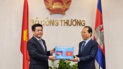 Việt Nam-Campuchia tăng cường hợp tác thương mại song phương bằng 7 biện pháp