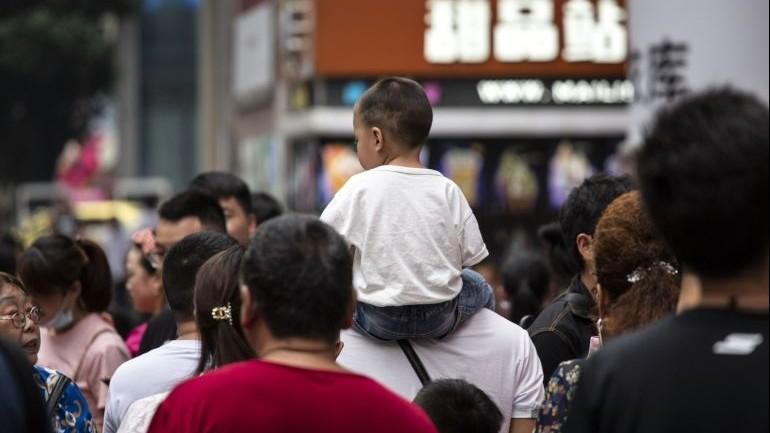 Báo Nga nhận định về cách Trung Quốc gỡ 'nút thắt cổ chai' để tăng tốc trên đường đua kinh tế với Mỹ