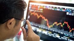 Thị trường chứng khoán ngày 24/6: Thanh khoản tụt áp, thị trường 'xanh vỏ đỏ lòng'