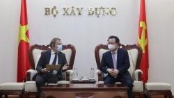 Việt Nam-Pháp đẩy mạnh hợp tác phát triển đô thị và biến đổi khí hậu