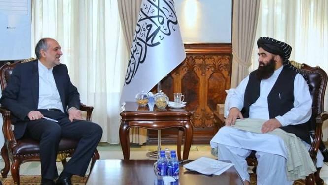 Bất chấp khó khăn kinh tế, Iran vẫn muốn 'dốc tiền' vào Afghanistan