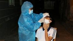Covid-19 tối 24/10: 4.045 ca mắc mới tại 47 tỉnh, thành; thêm 386.400 liều vaccine AstraZeneca về Việt Nam