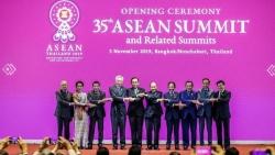 ASEAN 37: Sẽ không có bắt tay truyền thống, triển vọng cao ký kết RCEP
