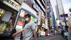 Làn sóng Covid-19 mới 'phủ bóng đen' lên hy vọng phục hồi kinh tế Nhật Bản