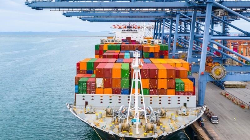 Xuất khẩu ngày 12-14/6: Nhờ EVFTA, hàng Việt đắt khách EU; lô vải thiều đầu tiên đã 'bay' đến Pháp