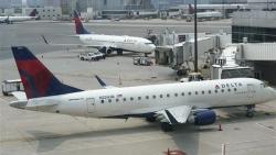 Biến thể Delta không làm khó ngành hàng không Mỹ