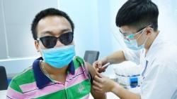 200 lao động khuyết tật được tiêm vaccine Covid-19