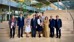 Đại sứ Lê Linh Lan thăm và làm việc với Cơ quan dự báo Khoa học và Ngoại giao tại Geneva, Thụy Sỹ