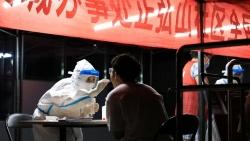 Covid-19 trở lại Vũ Hán, biến thể Delta đe dọa 'sức khỏe' kinh tế Trung Quốc