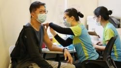Tiêm vaccine Covid-19 và nhận căn hộ, vàng - cách các quốc gia châu Á khuyến khích người dân tiêm chủng