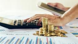 Giá vàng hôm nay 7/10, Không thể bứt khỏi vùng 1750 USD, chuyên gia dự báo sốc về giá dài hạn