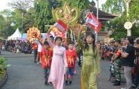 Quảng bá du lịch Việt Nam tại Lễ hội đường phố Denpasar, Indonesia