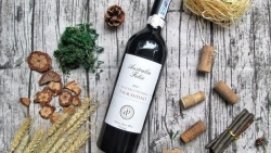 Trung Quốc tiếp tục áp thuế nhập khẩu mới đối với rượu vang Australia