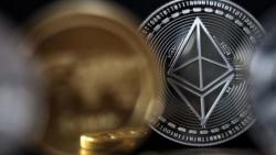 Đồng tiền điện tử ethereum tiếp tục cán đích mới