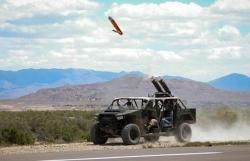 Mỹ thử nghiệm phóng UAV trên xe vận tải hạng nhẹ