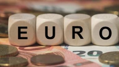 Kinh tế Eurozone tăng trưởng nhanh nhất trong hơn hai thập niên