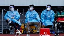 Kiên quyết tổ chức Olympic Tokyo 2020, Thủ tướng Suga 'đi trên dây'