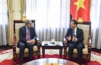 Thứ trưởng Ngoại giao Tô Anh Dũng tiếp Giám đốc UNHCR khu vực châu Á – Thái Bình Dương tại Thái Lan