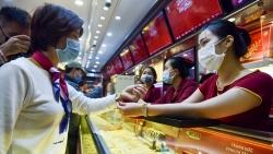 Ngày vía Thần Tài 2021: Người dân không còn chen chân mua vàng tại các cửa hàng