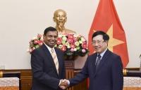 Phó Thủ tướng Phạm Bình Minh tiếp Đại sứ Sri Lanka Walpita Gamage Prasanna
